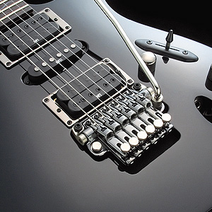 ЭЛЕКТРОГИТАРА IBANEZ S320 WEATHERED BLACK