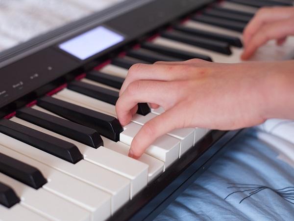 Фортепианной знакомство клавиатурой с