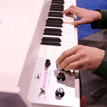 800px-Mellotron.jpg