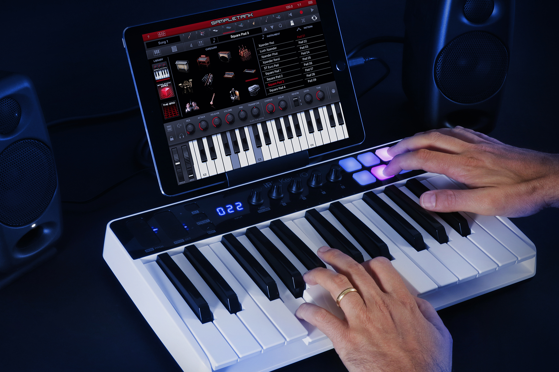 ik-multimedia-irig-keys-io-25-1b.jpg