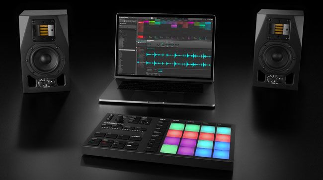 img-ce-gallery-maschine-mikro-mk3_overview_04_gallery-01_05-0848f6241dca0e83be309eea60ac2070-d.jpg