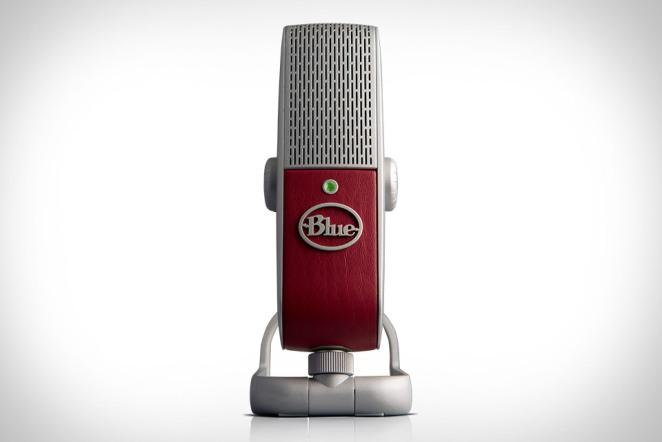 blue-raspberry-mic