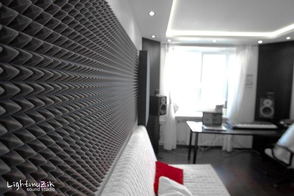 Чтобы получить качественный звук, необходимо провести хотя бы минимальную акустическую подготовку помещения