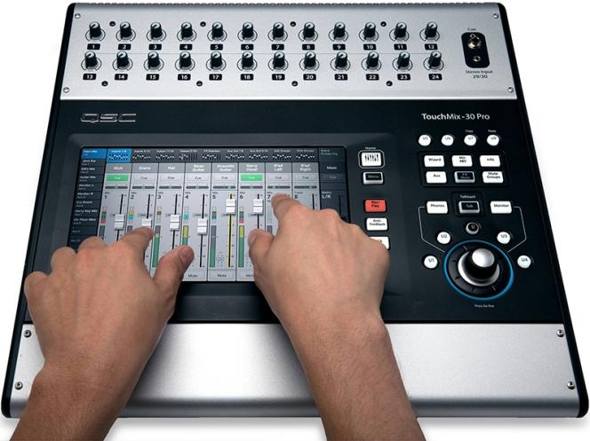 qsc-touchmix-30-pro-3s