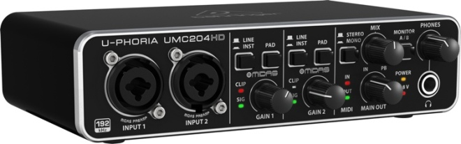 UMC204HD-large