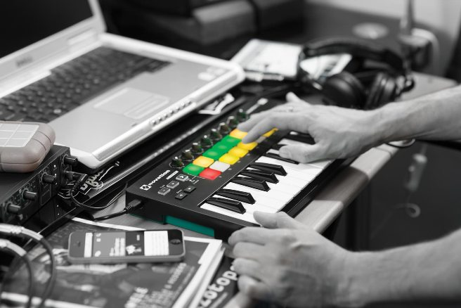 novation-launchkey-mini-mk2-4